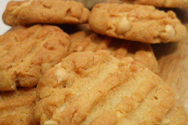 Mogyorós-mogyoróvajas keksz