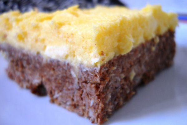"""""""Fekete-fehér"""" sütemény sütés nélkül (vagy barna-sárga?)"""