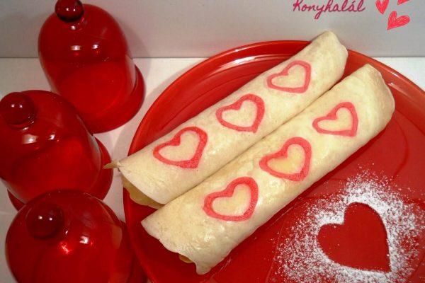 Valentin napi szívecskés palacsinta