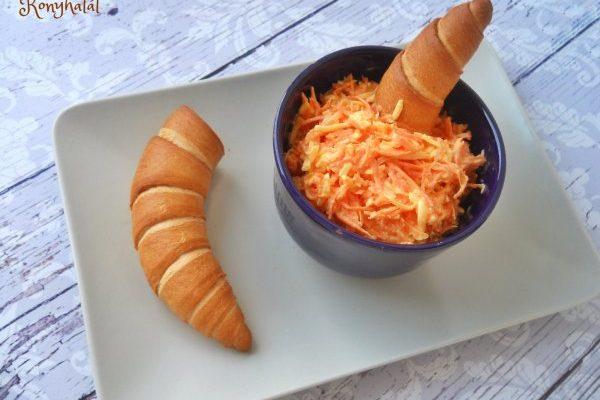 Füstölt sajtos-sárgarépás szendvicskrém