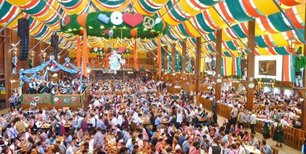 Oktoberfest – hogyan lett esküvőből sörfesztivál?