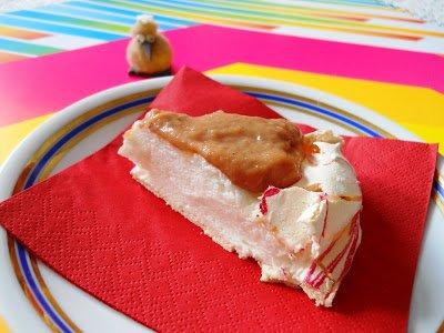 Márványos pavlova torta szilva curd-del