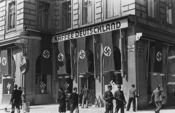 Mi köze a náciknak a koffeinmentes kávéhoz?