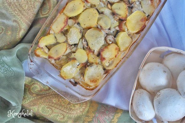 Gombával rakott krumpli