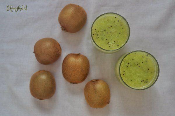 Ananász-kiwi smoothie