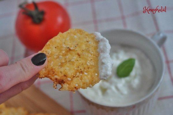 Fűszeres sajtchips